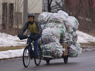 carrying bags of pop cans on 96A bike trailer