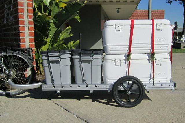 OCC food riders' 64A trailer with food containers