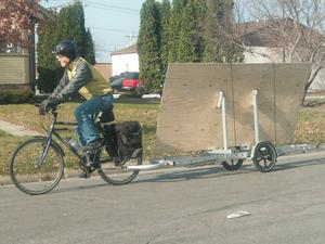 carrying 4x8 plywood vertically on bike trailer using plywood rack