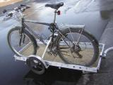 carrying one bike on trailer using the side-mount bike rack